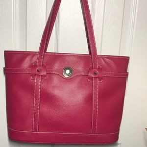 💖Dooney and Bourke Pink Leather Purse💖